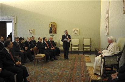 Image: Pope with Jewish leaders